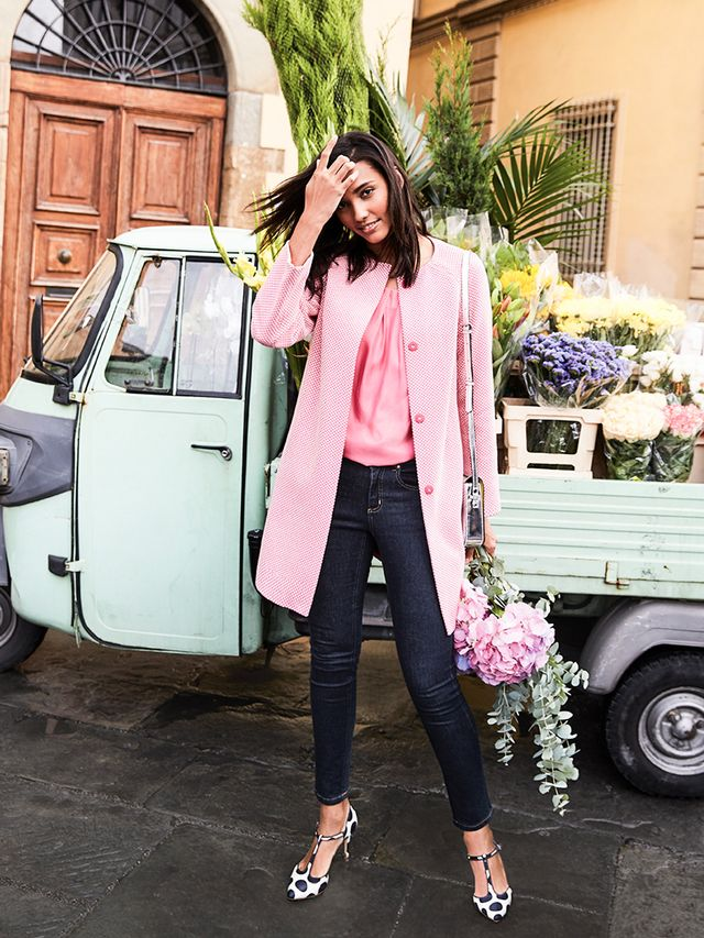 If your closet is dominated by neutrals, bravely venture outside of your normal palette by layering in a single pop of color—it'll give you instant style cred. But color-blocking doesn't...