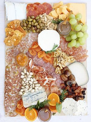 Feeling Peckish? Here's How to Build the Perfect Charcuterie Board