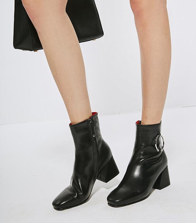 Few Moda Black Ankle Boots
