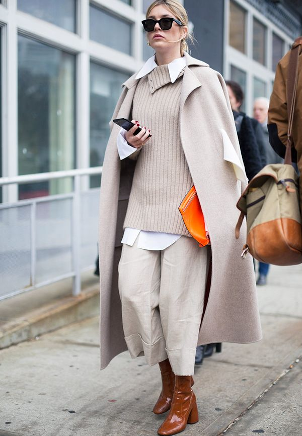 Minimalist fashion: full beige look