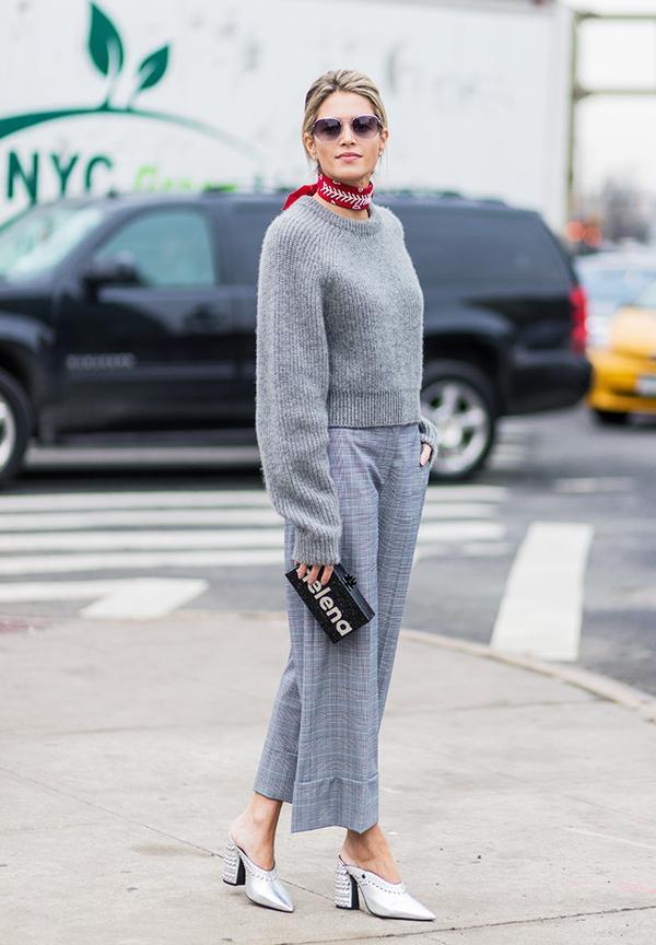 Minimalist fashion: all grey outfit