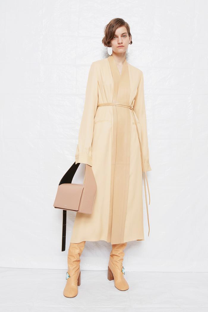 Minimalist fashion: Jil Sander autumn/winter 2021