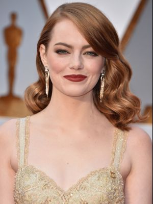 Was Emma Stone's Oscars Beauty Look Inspired by Hollywood? We Think So