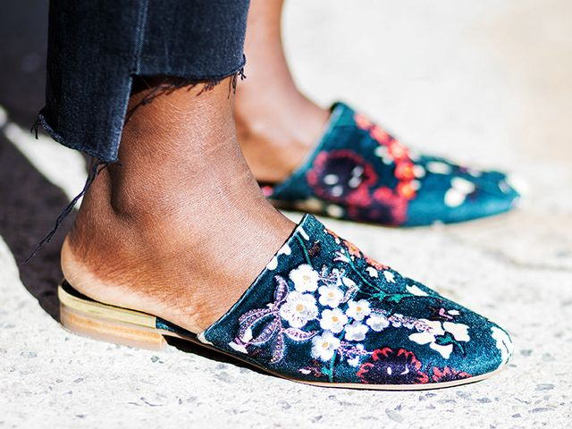embroidered-shoes