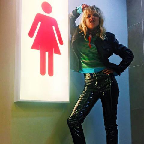 How to Wear Dr. Martens: Laura Hayden