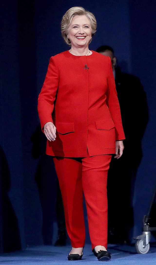 hillary-clinton-red-suit