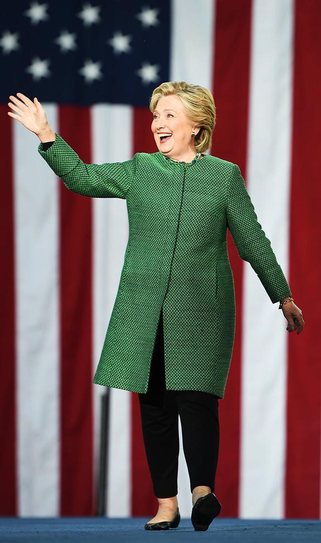 hillary-clinton-wearing-green