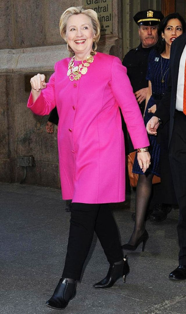 hillary-clinton-wearing-pink