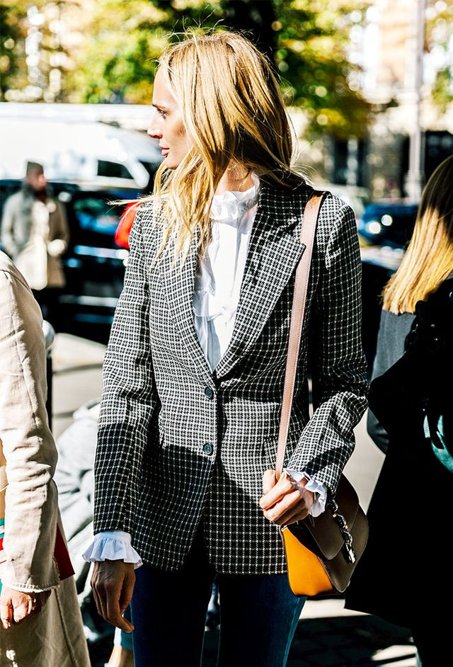 spring-wardrobe-essentials-checked-blazer