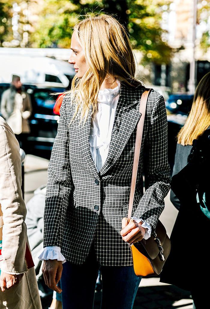 spring-wardrobe-essentials-checked-blazer