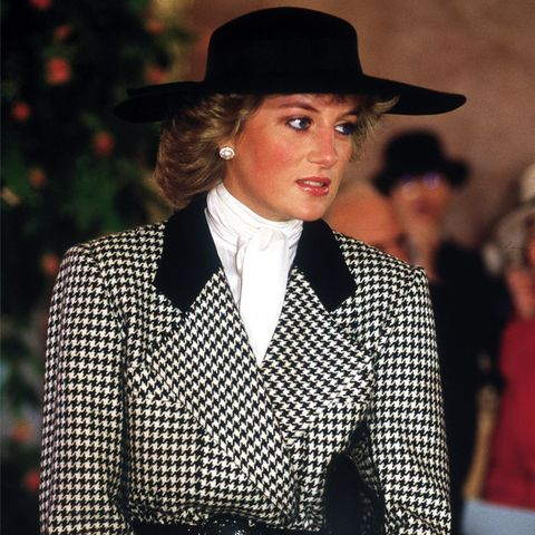 Princess Diana style: Check double breasted jacket