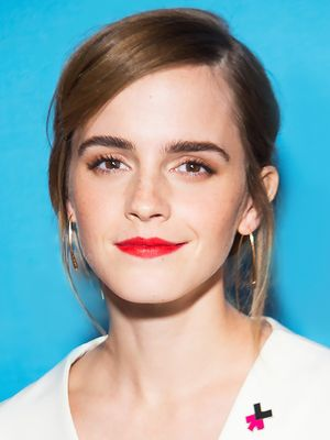 Emma Watson's Makeup Artist Tells Us How to Copy Her Signature Glow