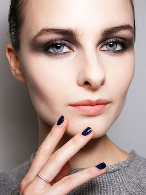 How to Create a Smoky Eye Like a Makeup Artist