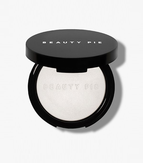 British beauty brands: Beauty Pie One Powder Wonder