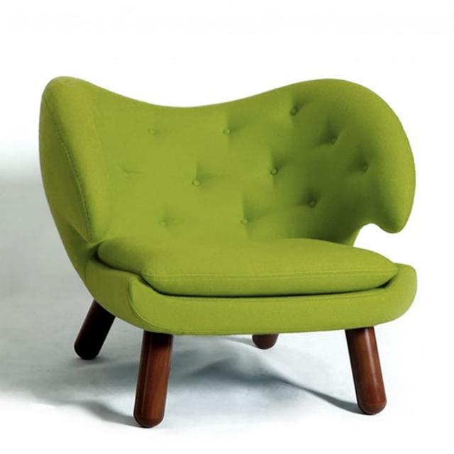 Finn Juhl Replica Pelican Chair