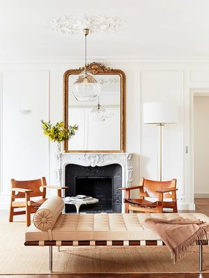 "This Décor ""Mistake"" Makes All French-Girl Homes Look Insanely Cool"