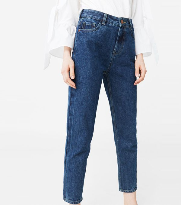 how to wear mom jeans the tops shoes and boots that work. Black Bedroom Furniture Sets. Home Design Ideas