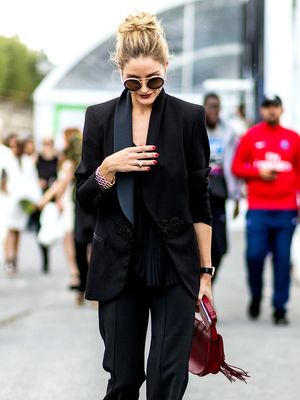 The 9 Black Staples It Girls Have in Their Closets