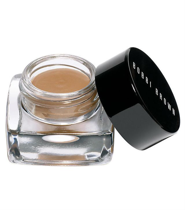 How to apply eyeshadow: Bobbi Brown Long Wear Cream Shadow in Stone