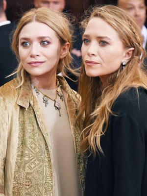 Mary-Kate and Ashley Were the Prettiest Bridesmaids at This Wedding