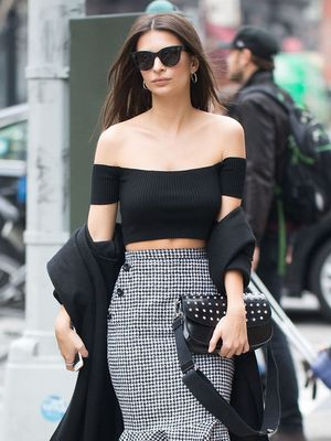 8 Feminine Spring Trends Emily Ratajkowski Is Wearing