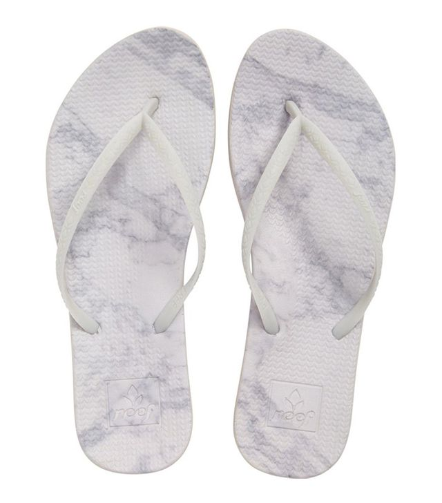 Reef Escape Lux Print Flip-Flops in Grey Marble