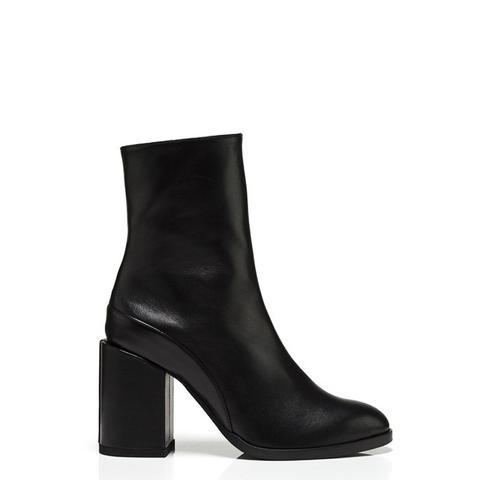 Spirit Boots in Black