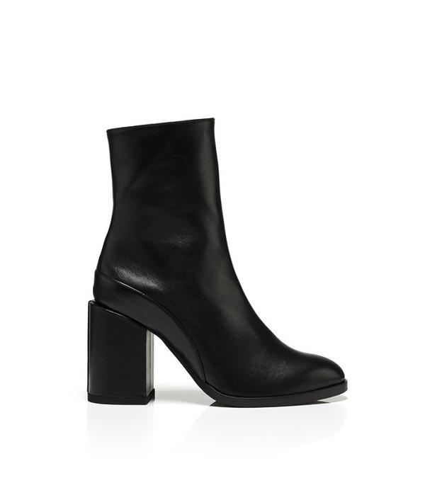 Dear Frances Spirit Boots in Black