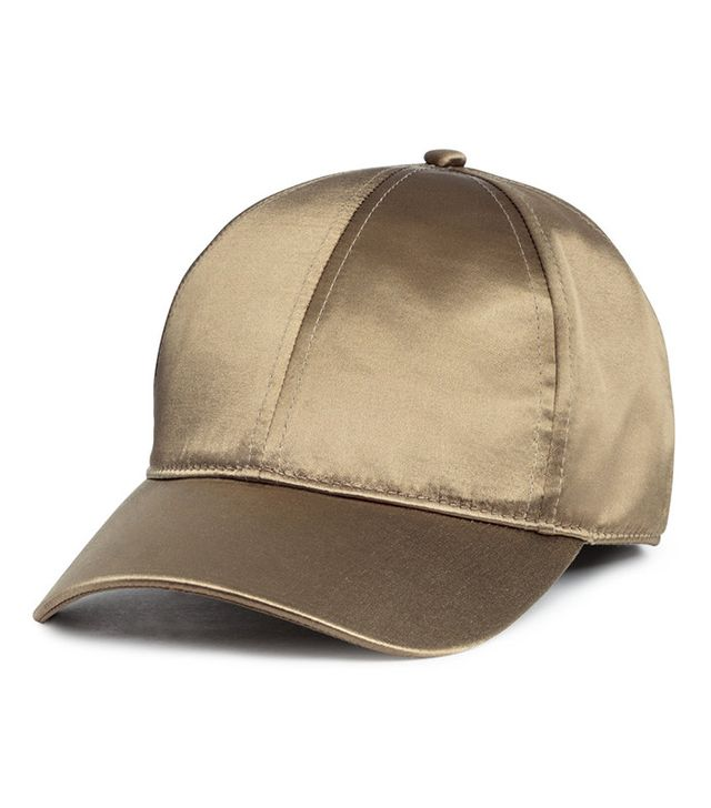 H&M Satin Cap in Khaki