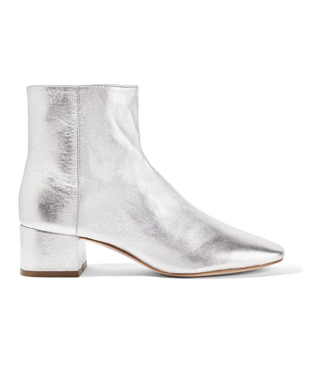 how to wear silver boots
