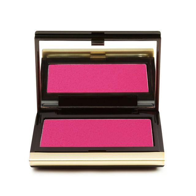 How to apply blush: Kevyn Aucoin The Creamy Glow in Liquifuchsia
