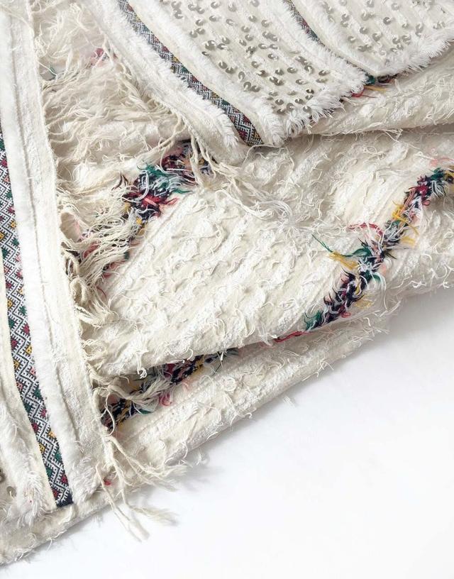 Table Tonic Moroccan Wedding Blanket