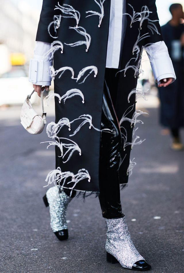 Ankle boot trends 2017: Glitter boots