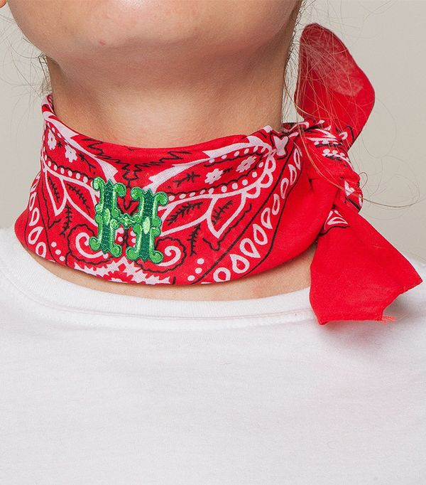German Fashion: Wald Bandana With Letters