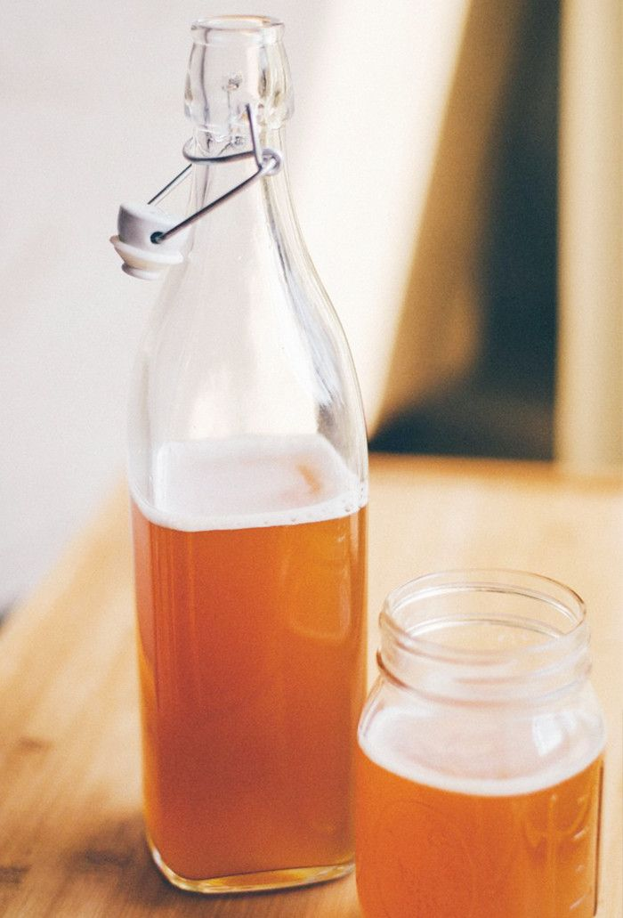 fermented foods gut health-kombucha
