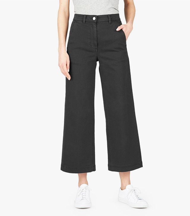 most flattering black cropped pants
