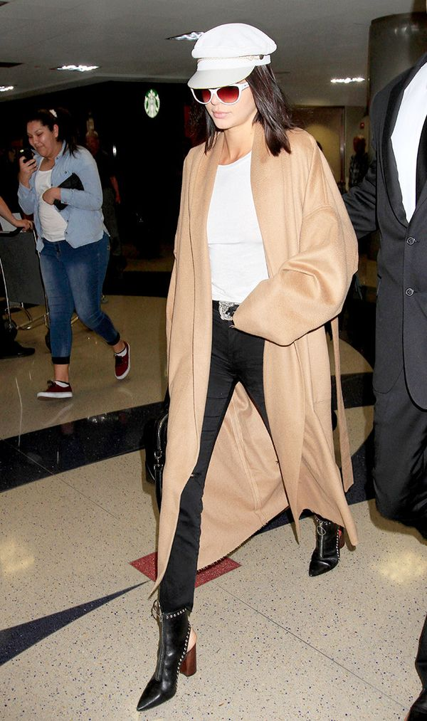 kendall-jenner-airport-duster-coat