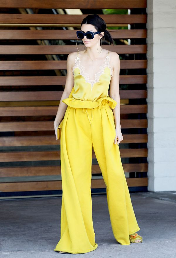 kendall-jenner-yellow-outfit