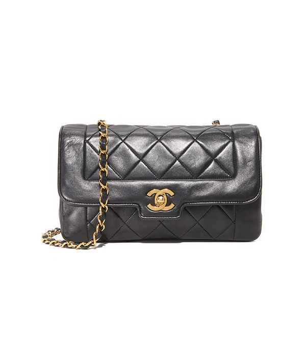 quilted black chanel bag