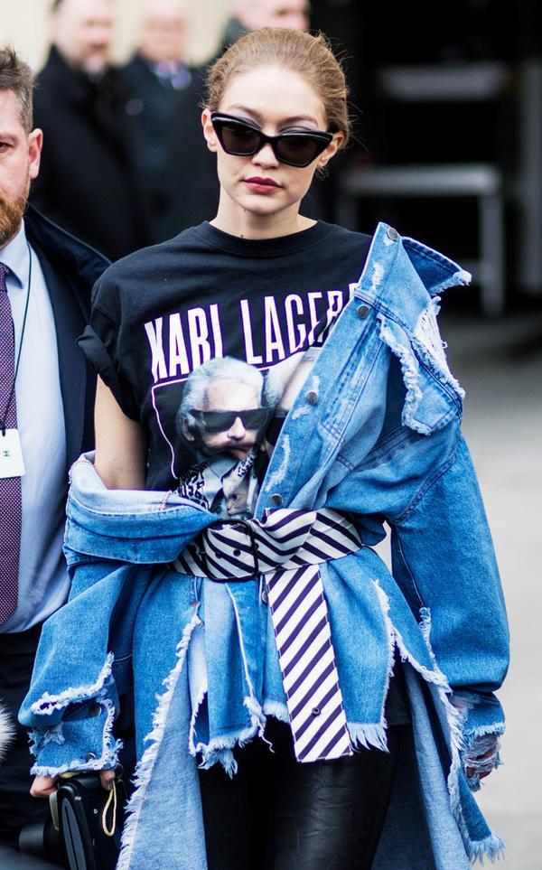 Gigi Hadid style: Karl Lagerfeld T-Shirt