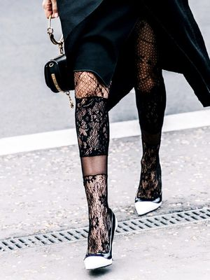 The Tights It Girls Are Wearing This Spring