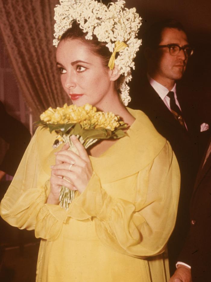 vintage wedding dresses: Elizabeth Taylor
