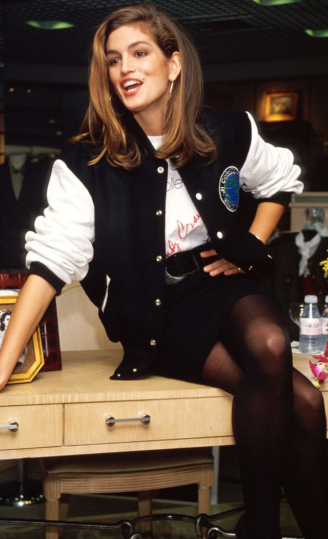 Cindy Crawford Style Her Best 90s Looks Whowhatwear Uk