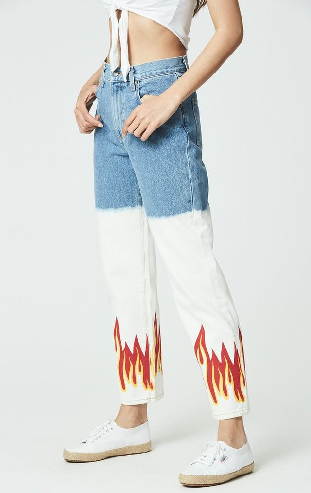 Flame Jeans trend - Mother The Insider Crop Fray Jeans