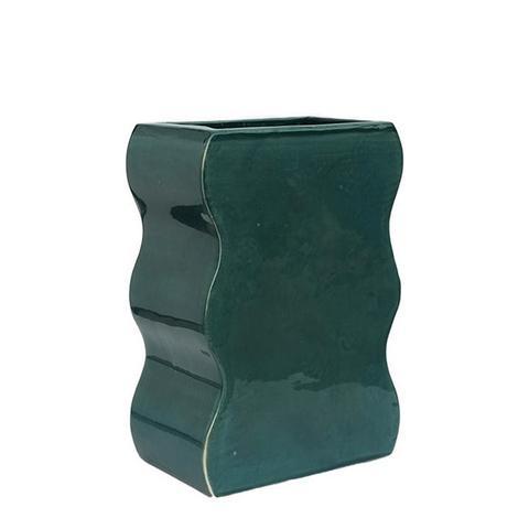 Wiggle Shape Vase