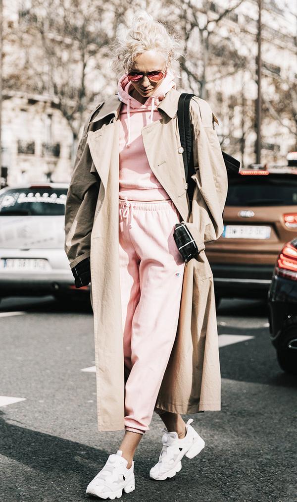 2017 sneaker trend - vetements pink track suit