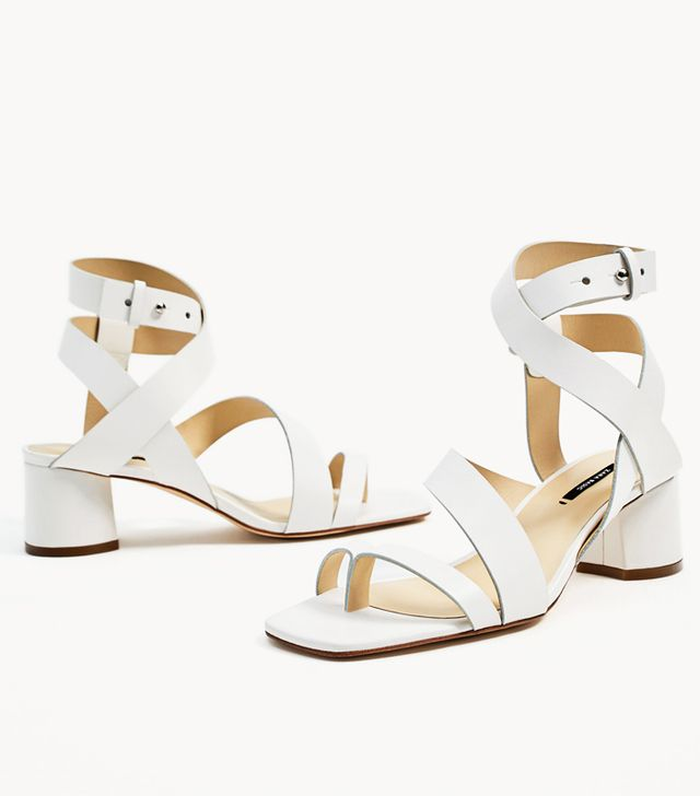 Sandals trends 2017: white strappy sandals