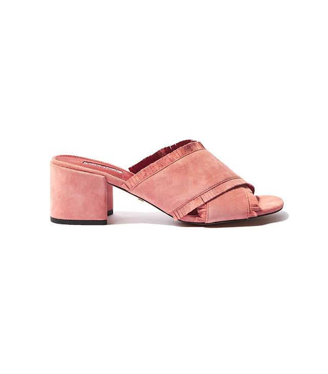 French girl wardrobe - Topshop Nancy Fringe Mules