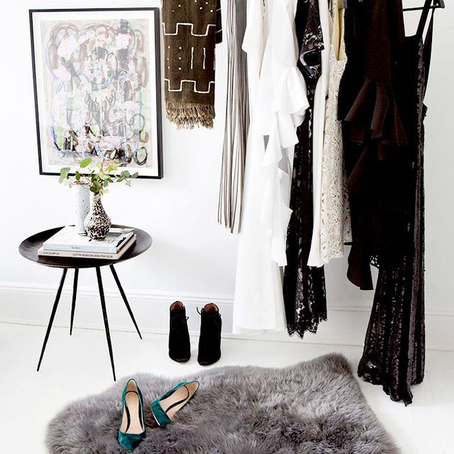 Ask Yourself These 5 Questions When Cleaning Out Your Closet