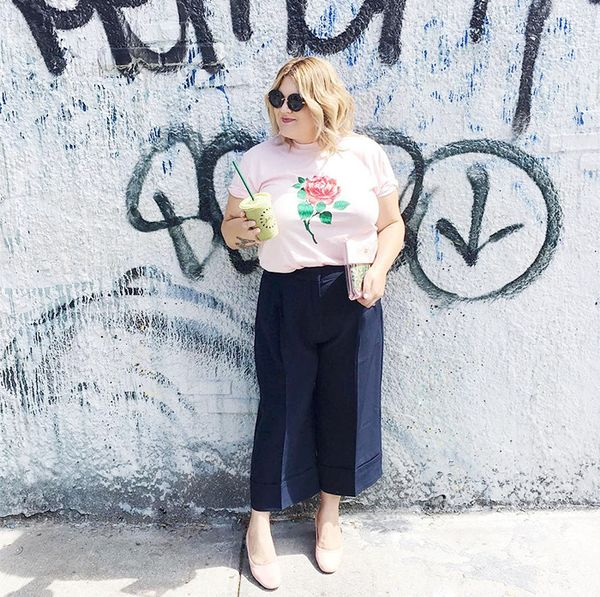 what to wear with culottes - graphic tee